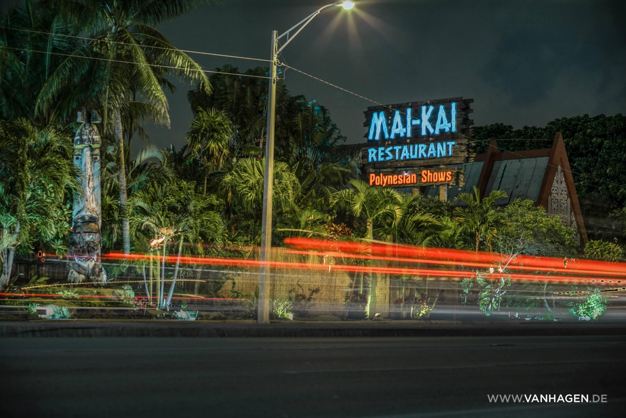 Mai-Kai sign